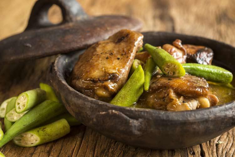 quiabo não engorda e faz bem - frango com quiabo