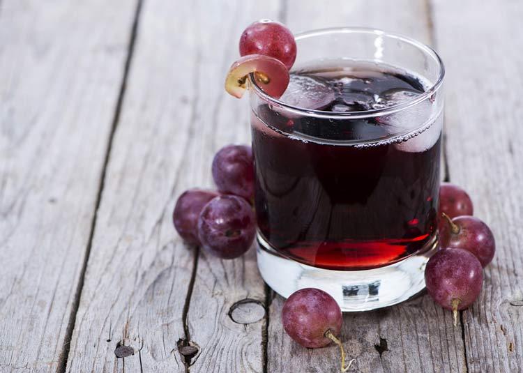 benefícios da uva - suco de uva