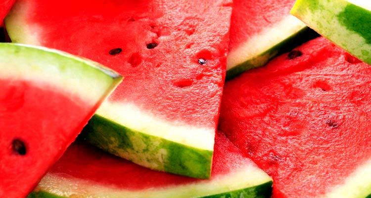 como escolher melancia madura 2